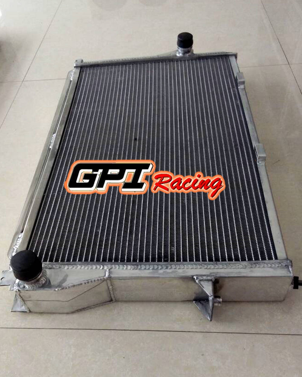 62MM FOR 99-2006 BMW E39 (740i, 750i, M5, Z8, 525i/528i/530i) ALUMINUM RADIATOR